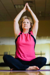 Yoga-Lady_021999800_Web